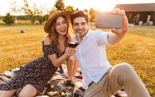Top 5 Apps for Women Looking for Men