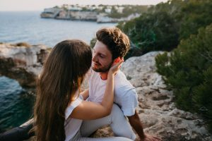 How to Be Safe When You Are Dating Abroad
